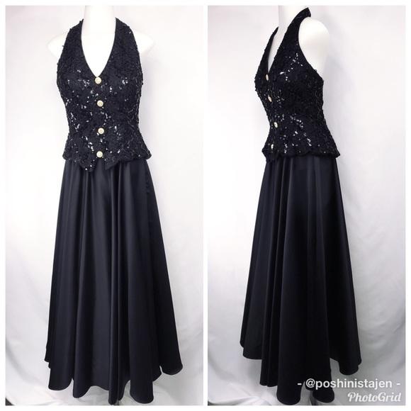 Dave Johnny Dresses Dave Johnny Black Halter Style Formal Gown